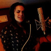 Sarah Deluca singing on a Jeremy James 'deep house' track.